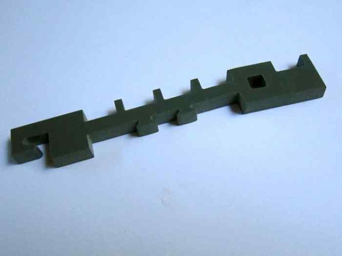 Watergesneden onderdeel uit PVC